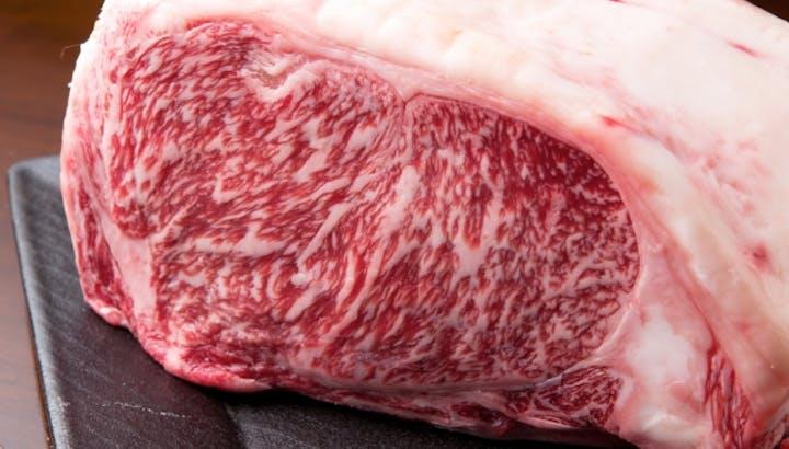 牛肉は低糖質でダイエットにおすすめ!部位別のカロリーやタンパク質もご紹介
