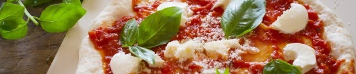 ピザのカロリー・糖質を徹底解説!ダイエットも糖質制限もNGな食べ物!