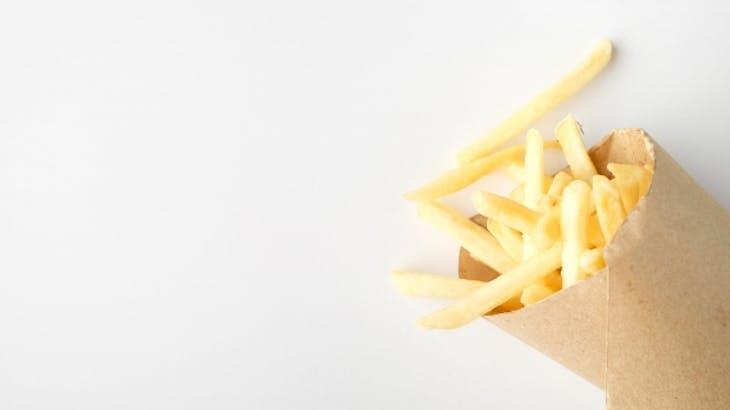 フライドポテトは高カロリー・高糖質でダイエットに不向き!