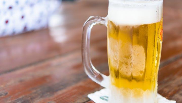 ビールは飲み方によって太る!カロリーや糖質を管理栄養士が解説