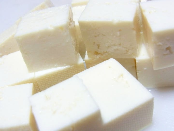 豆腐 タンパク質 木綿 【激痩せ】豆腐を主食にする置き換えダイエット効果 腹持ちいい木綿豆腐で毎日痩せる!