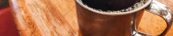 コーヒーのカロリー・糖質を解説、脂肪燃焼効果でダイエットにおすすめ