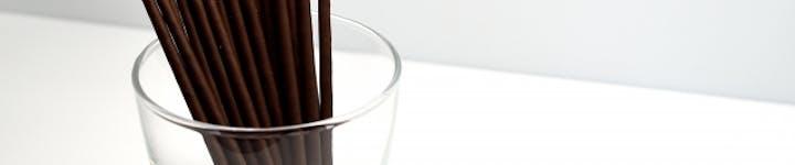 ポッキーのカロリー・糖質を徹底解説!ダイエット中におすすめのシリーズはどれ?