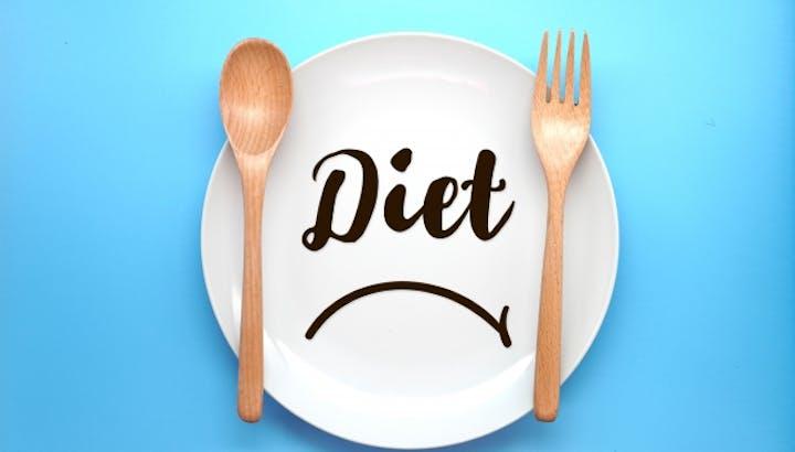 ライザップの食事が痩せる3つの理由。おすすめのレシピやコンビニメニューを紹介